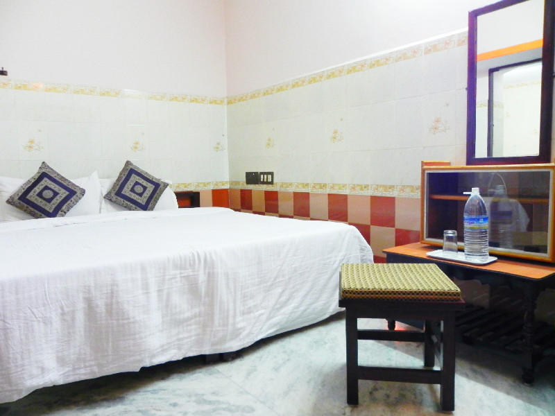 A single room at Natura Ashram, a backpackers hostel in India