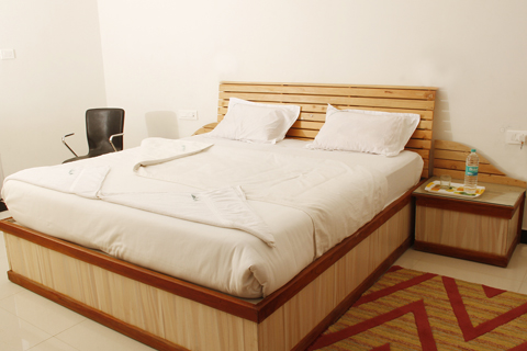 Bedroom in Woodlands residence, a backpackers hostel in India