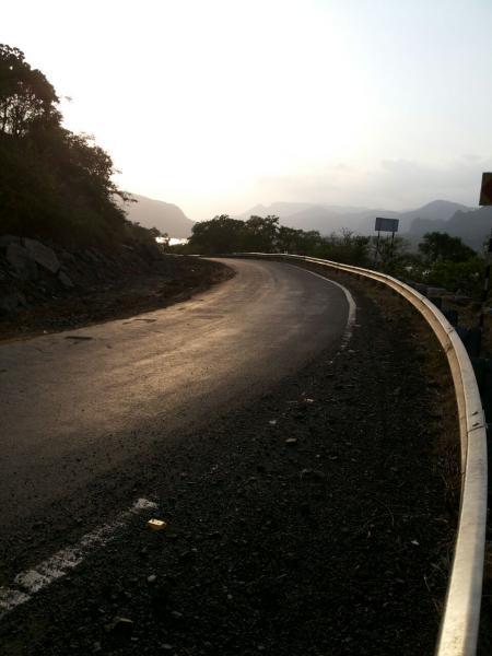 road to kashid beach