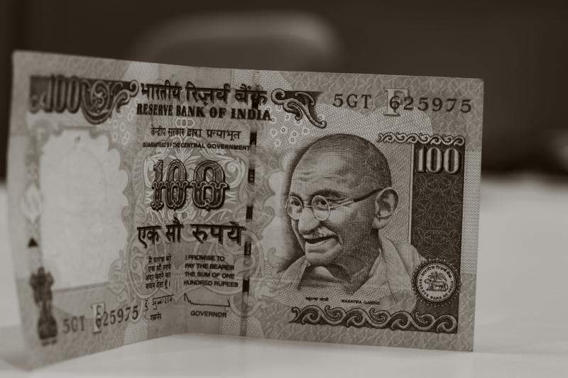 counterfeit money scam, travel scams in india