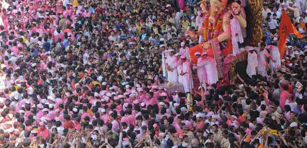 Unique Festivals Of Maharashtra You Should Witness !