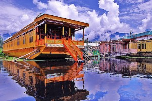 Kashmir- Houseboats, Things to do in Kashmir
