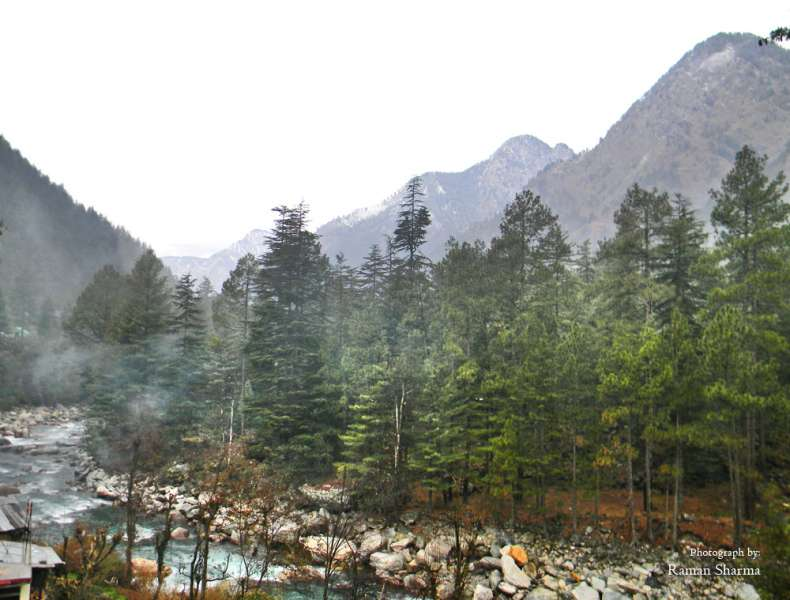 Kasol,  Safest Places in India for Solo Woman Travellers
