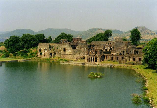 Road trips- Mandu