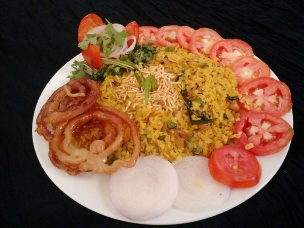 Poha Jalebi,  Indore famous food