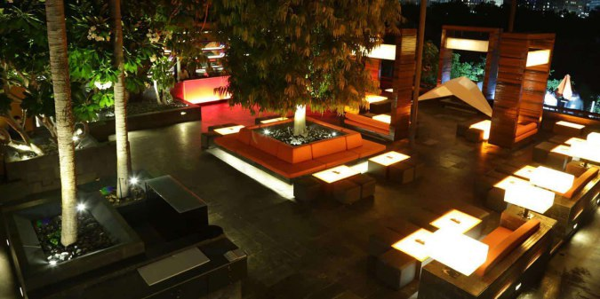stone water grill, Places To Visit in Pune At Night- Nightlife of Pune
