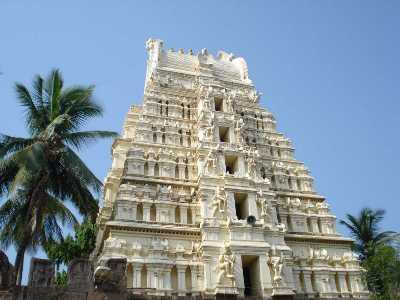 57 Famous Temples of India That Are Amazing To Visit