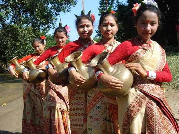 Assamese traditional jewellery and dress, Culture of Assam