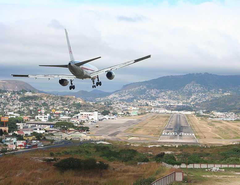 Toncontin International Airport (TGU), Honduras