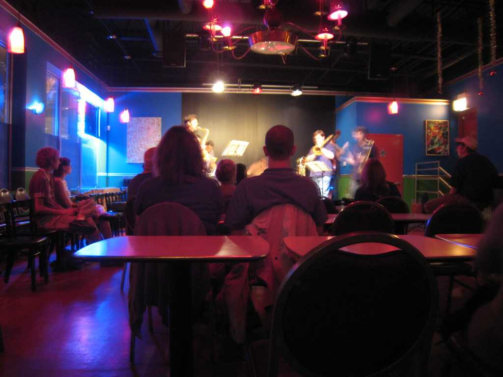 B 6 Lounge and Bar, Nightlife In Mcleodganj