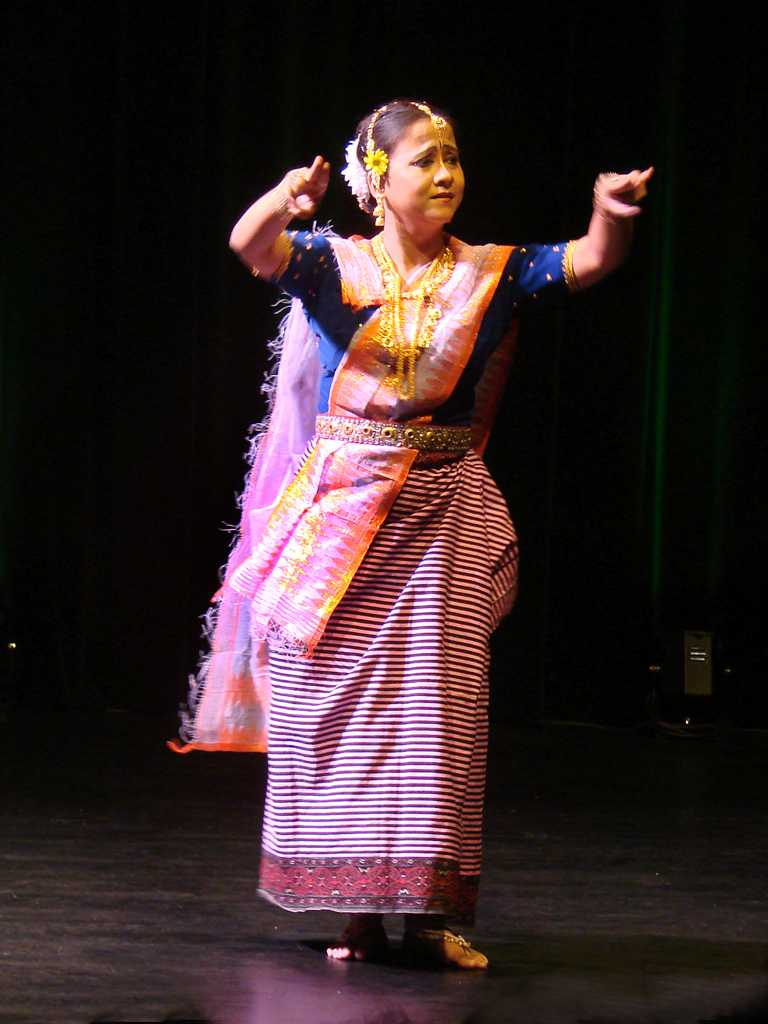 Traditional Dress Of Manipur Exotic Dresses Of Manipuri