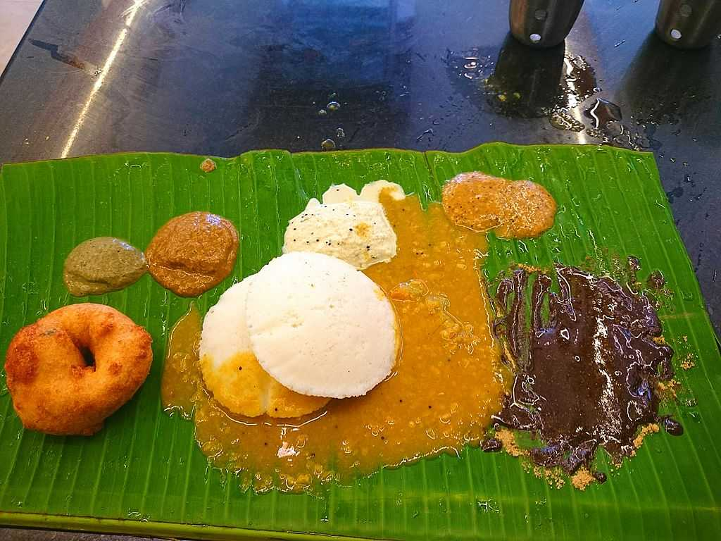 street food in chennai, idli