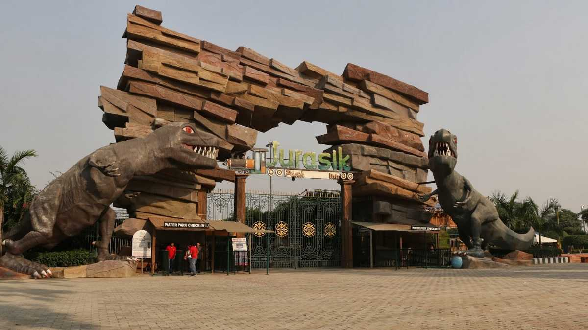 amusement parks in delhi, jurasik park inn