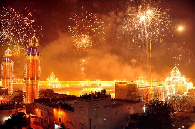 diwali new delhi, diwali in India, Diwali 2017 dates