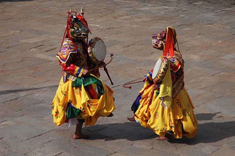 Drametse Ngacham, Dances in Bhutan