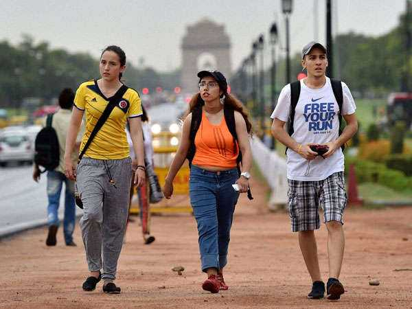 summer clothes for foreigners , Delhi Travel Guide For Foreigners