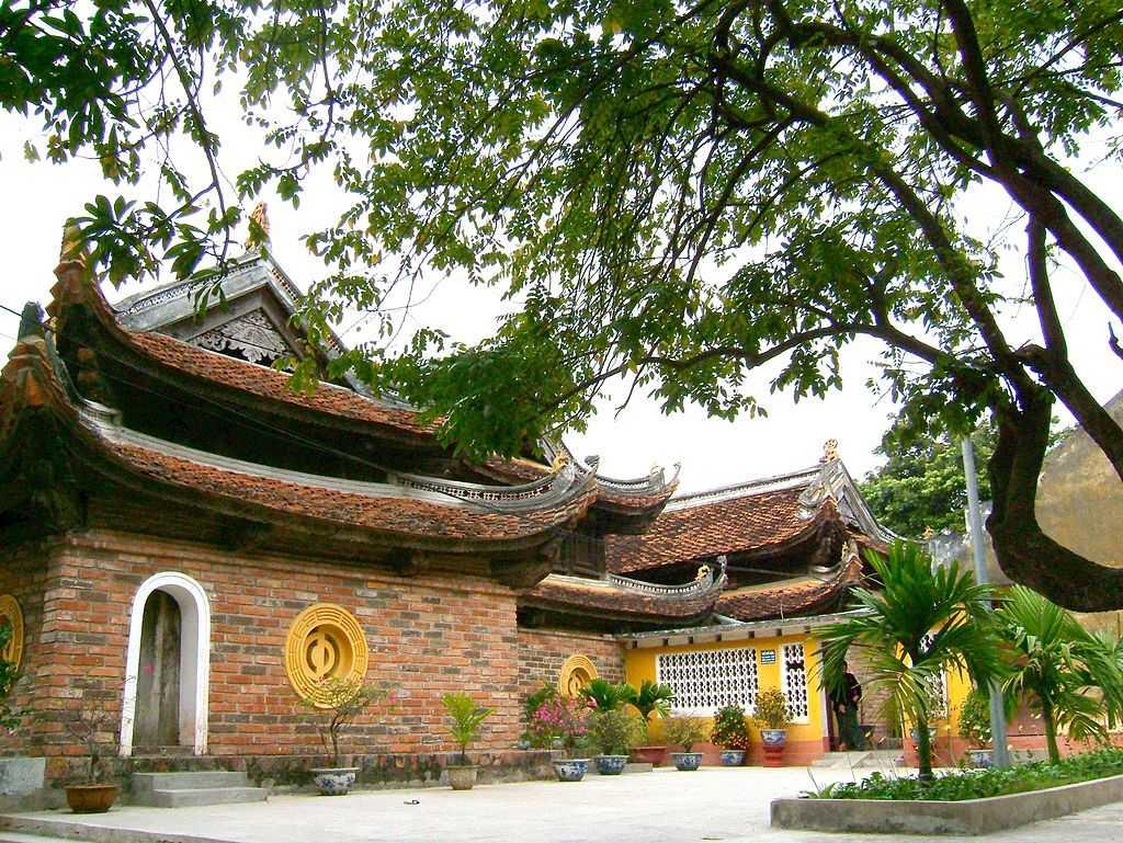 Kim Lien Pagoda in Hanoi