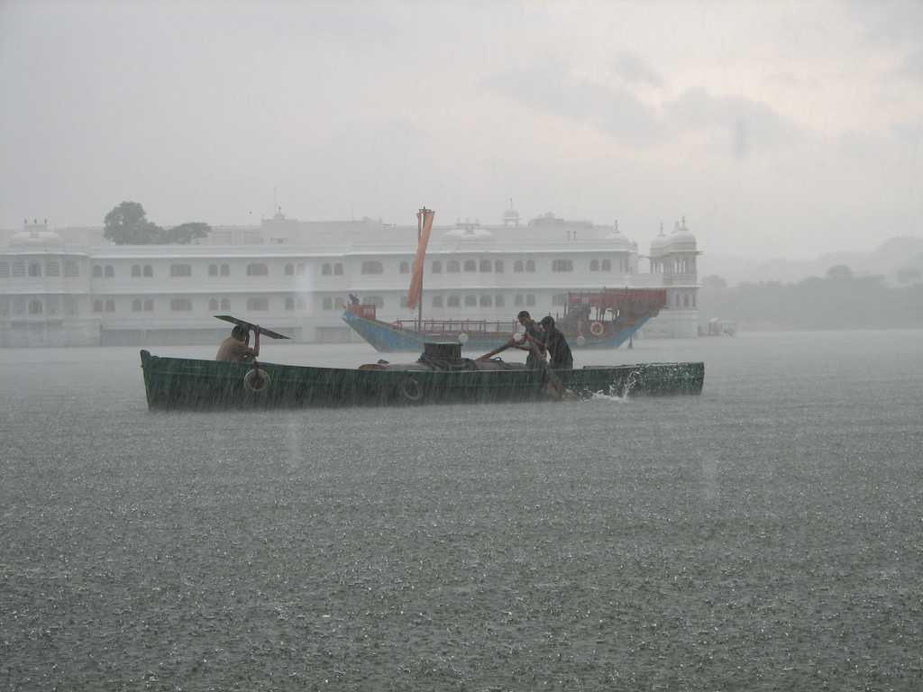 Monsoon rains on Pichola Lake
