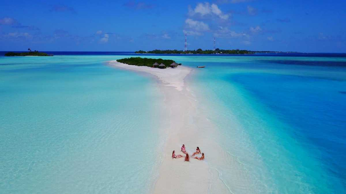 Rasdhoo Bikini Beach in Maldives