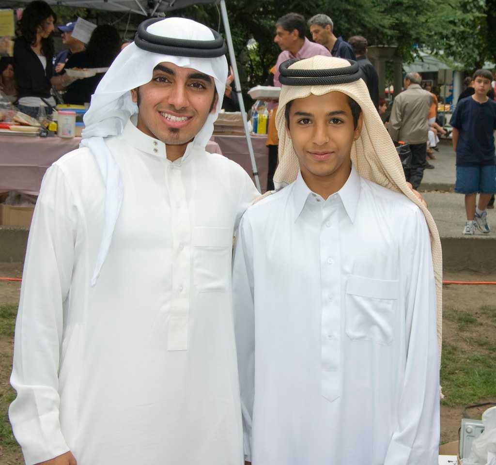 Photoshoot in Arabic attire