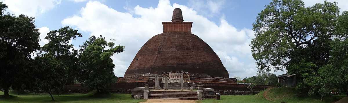 Jetavanarama Dagoba in Anuradhapura