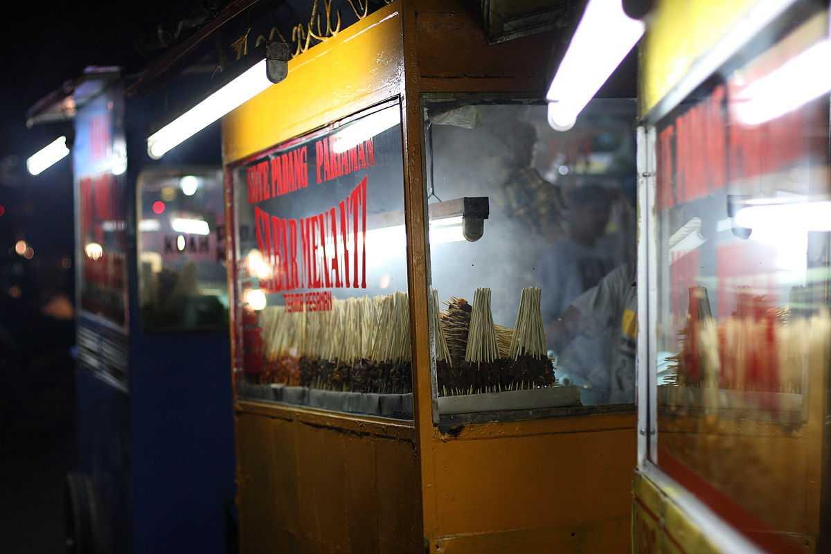 Local food carts in Batam