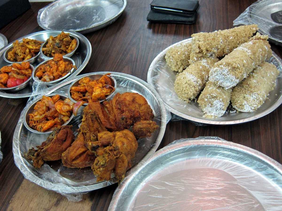 Pittu, food in Sri Lanka