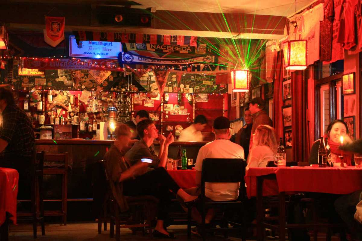 Tom and Jerry Pub, Nightlife in Nepal