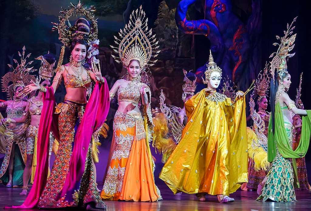 Ladyboy Cabarets, Nightlife in Chiang Mai