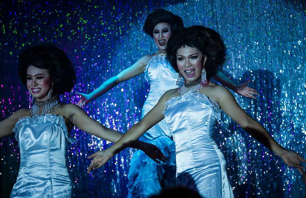 Ladyboy Cabaret Shows, Free Things to do in koh Samui