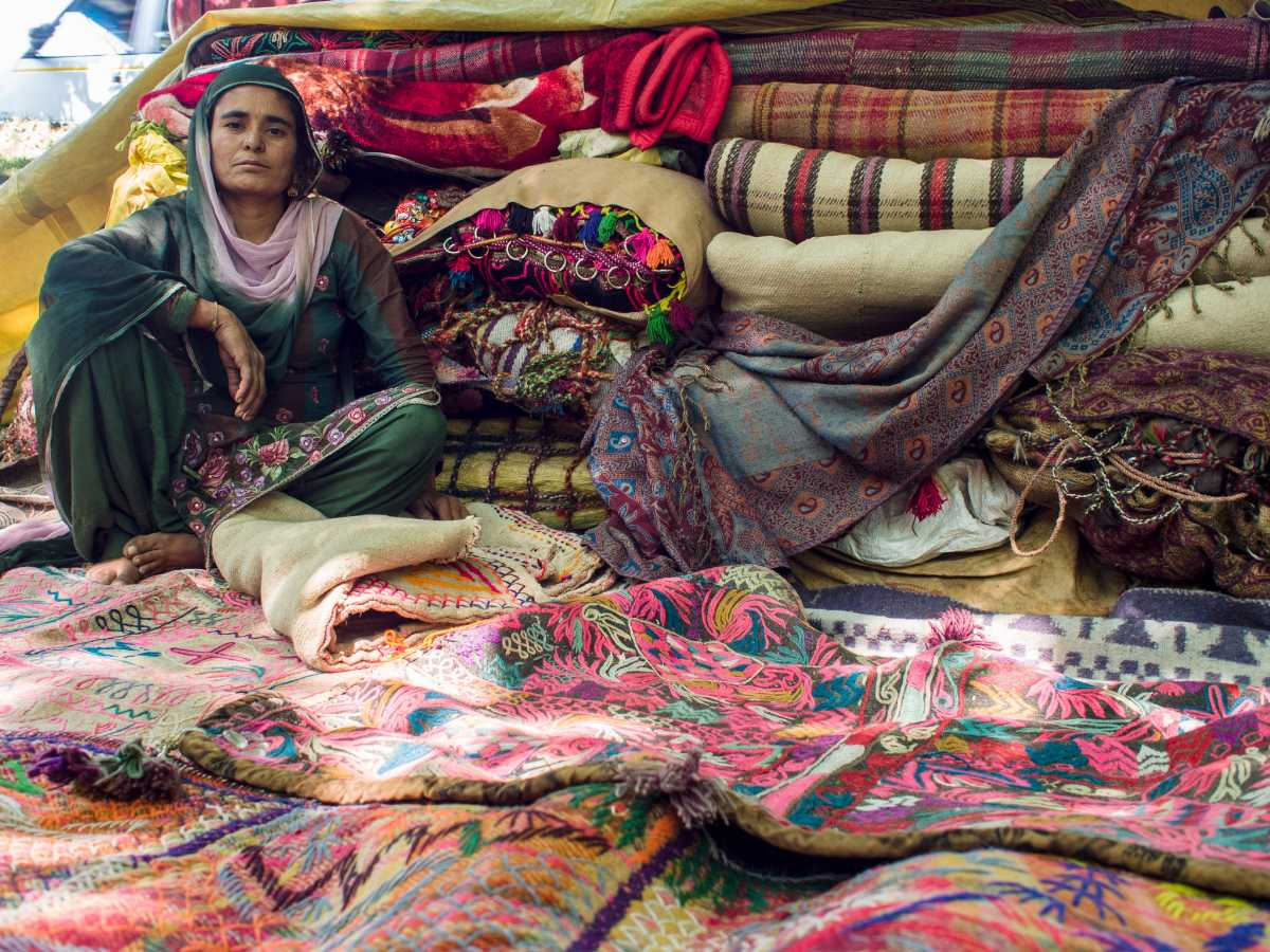 Carpets in Srinagar, Shopping in Srinagar