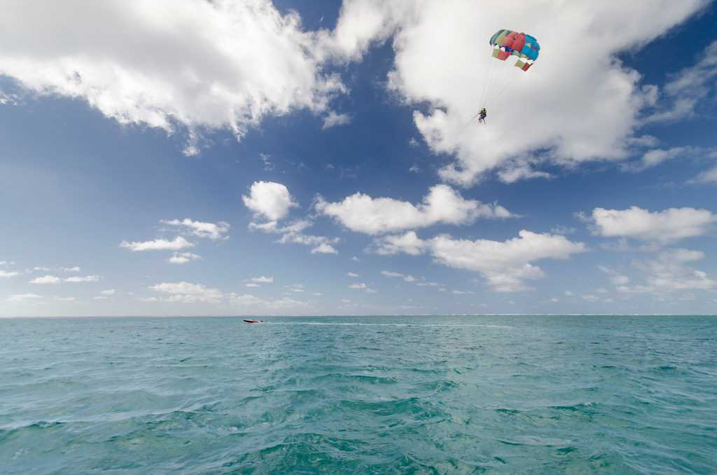 Parasailing, water sports in Mauritius