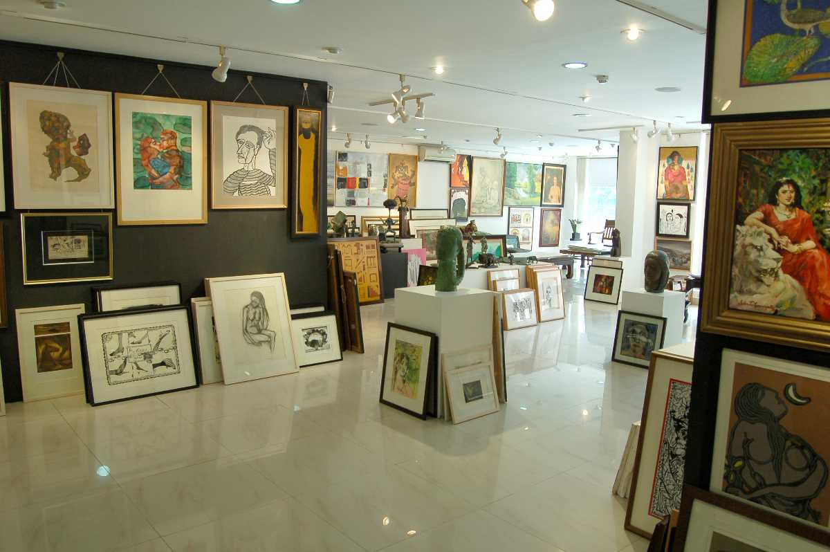 art galleries of india, aakriti art gallery