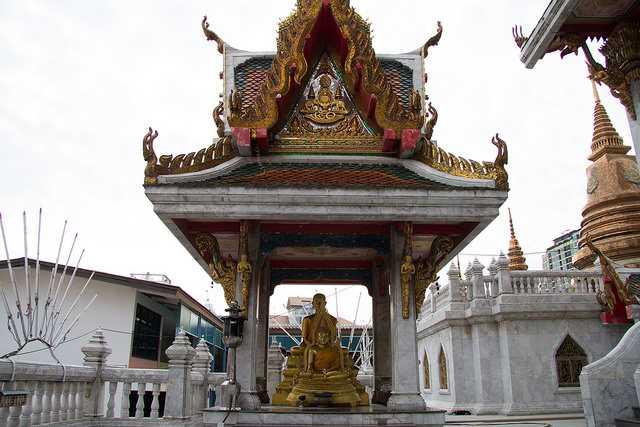 Wat Hua Lamphong Temple Bangkok