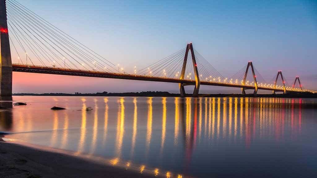 Nhat Tan Bridge over Red River in Hanoi