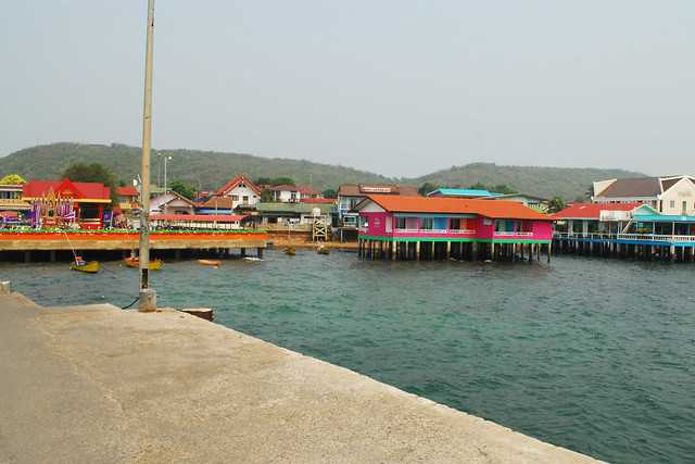 Na Ban Pier, Koh Larn