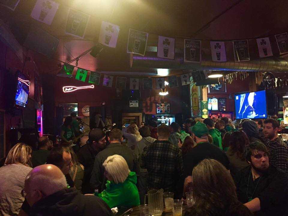 O'Malley'sIrish Pub, Nightlife in Muscat