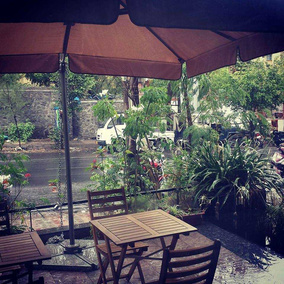 Fat Cat's Cafe, Cafes in Pune