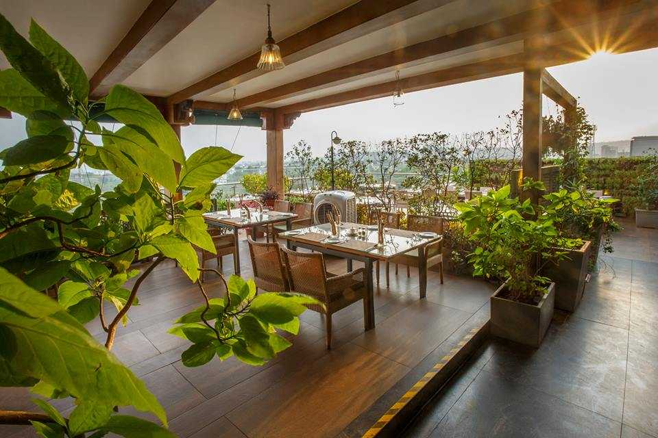 World Of Veg, Romantic Places in Pune