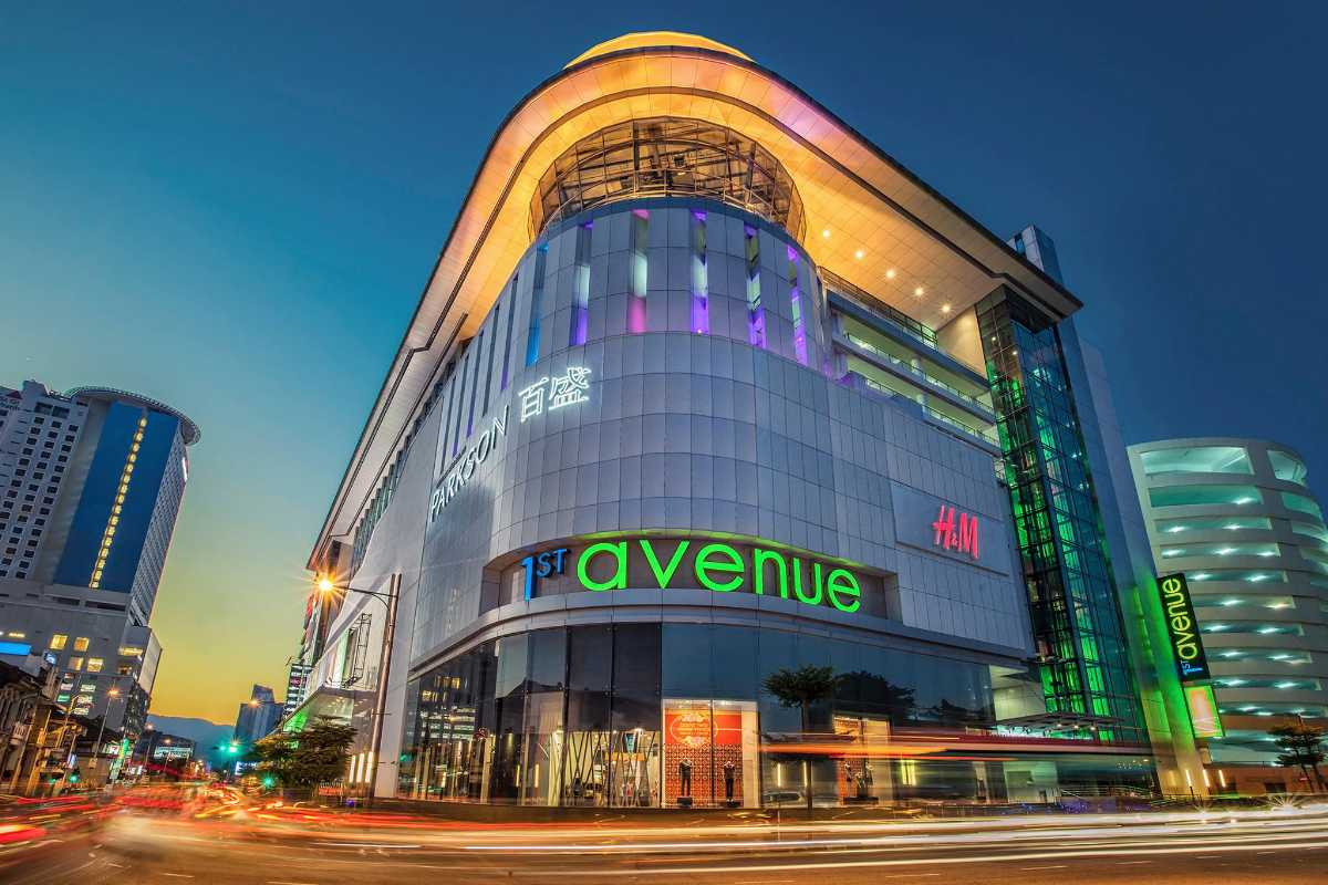 1st Avenue Mall
