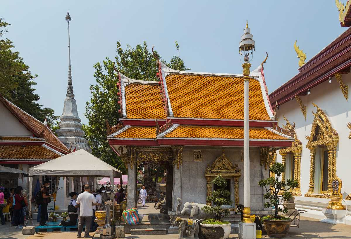Wat Chana Songkhram, Located Near Soi Rambuttri in Bangkok