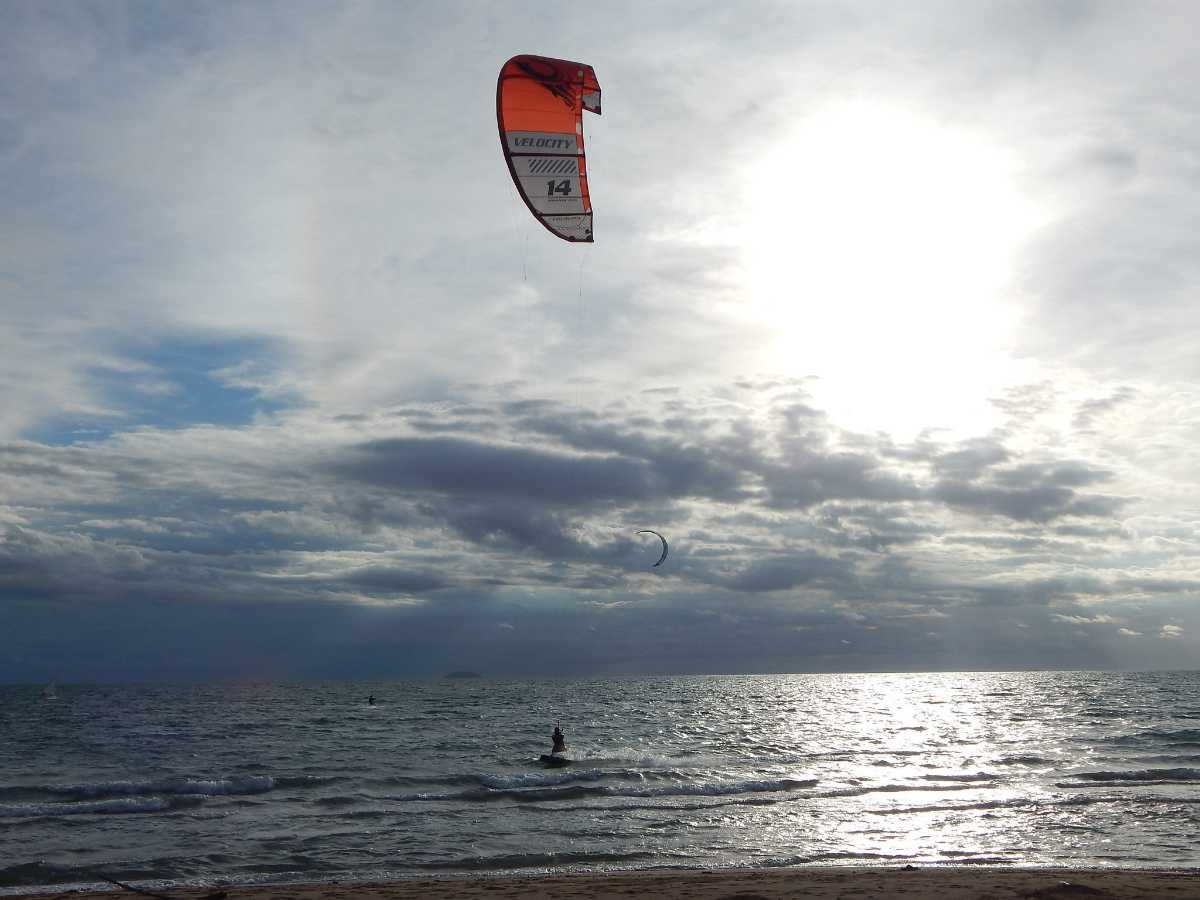 Kitesurfing in Pattaya Thailand