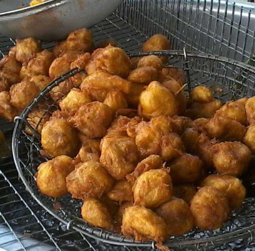 Fried Cempadek, Street Food in Kuala Lumpur