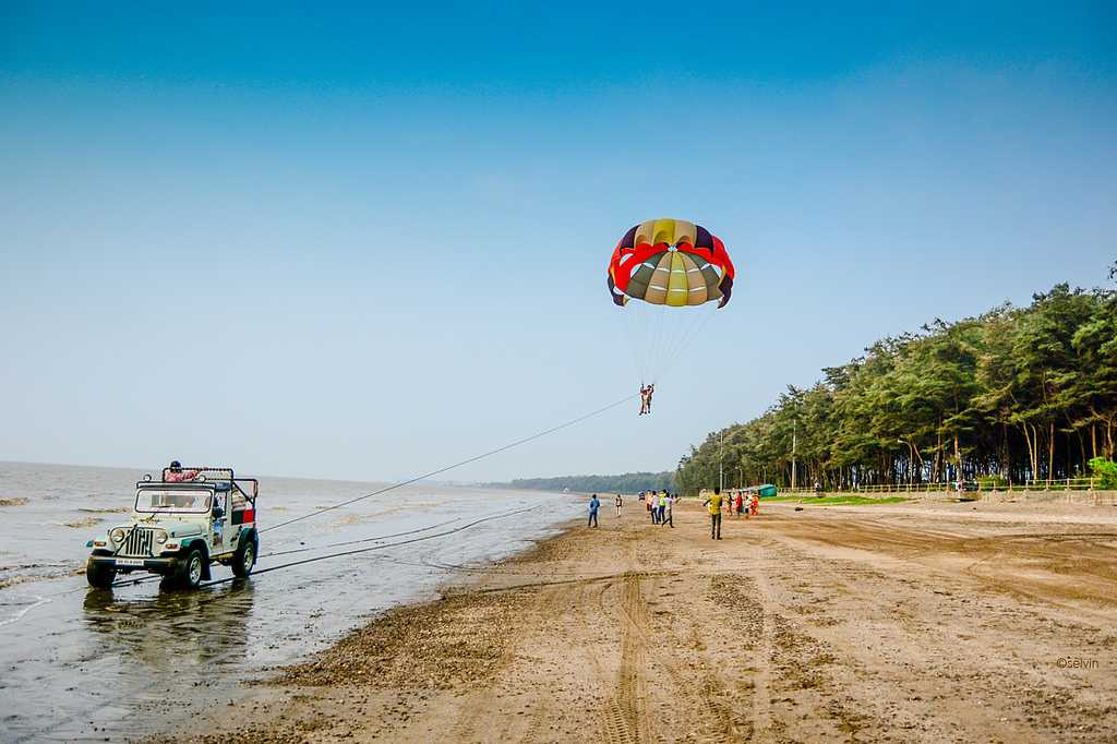 Beach sports at Jampore Beach