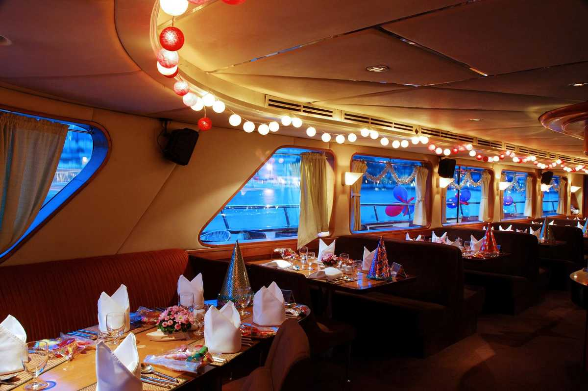 Wonderful Pearl Cruise, Dinner Cruises In Bangkok