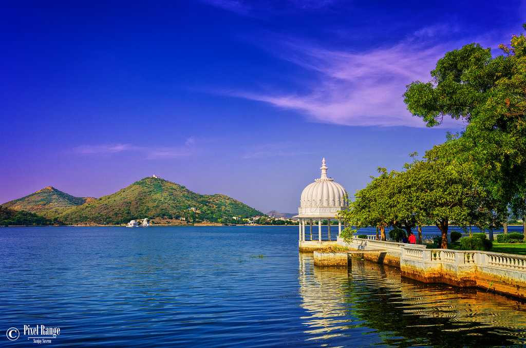 Hotels Near Udaipur
