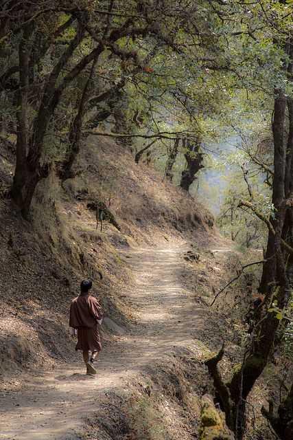 Hike to Tango Monastery