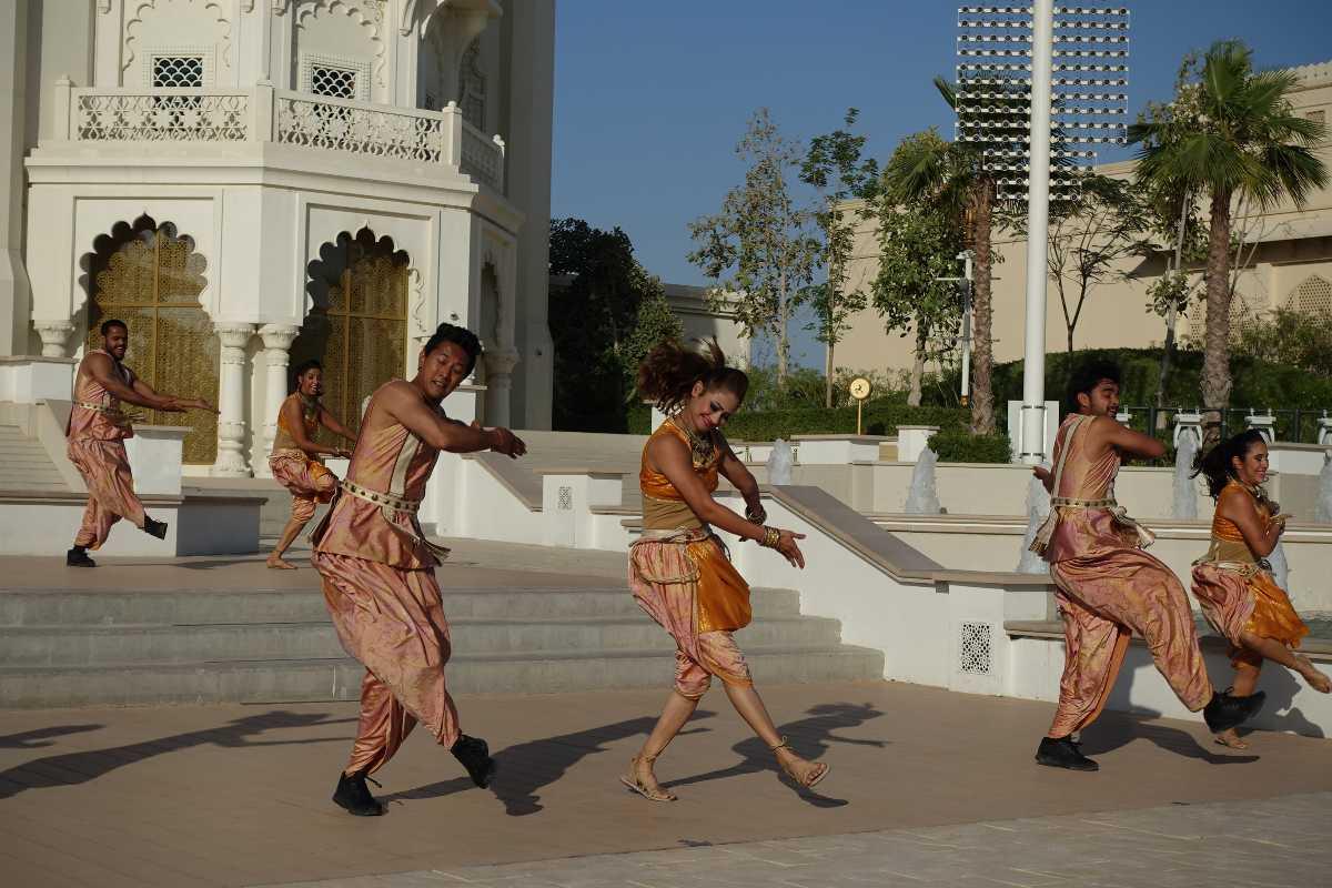 Stars on Steps, Bollywood Parks Dubai