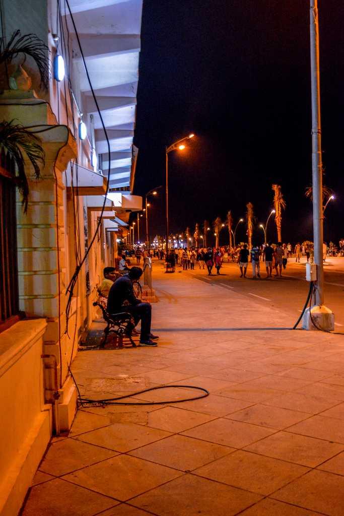 Nightlife in Pondicherry - 15 Ways To Enjoy Pondi At Night!