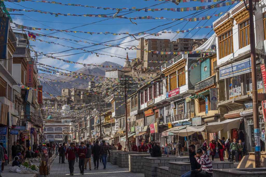 Main Bazaar Ladakh, Shopping in Ladakh